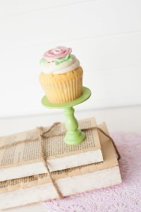 Mini Wooden Cupcake Stand - Mint