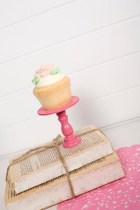 Mini Wooden Cupcake Stand - Bright Pink