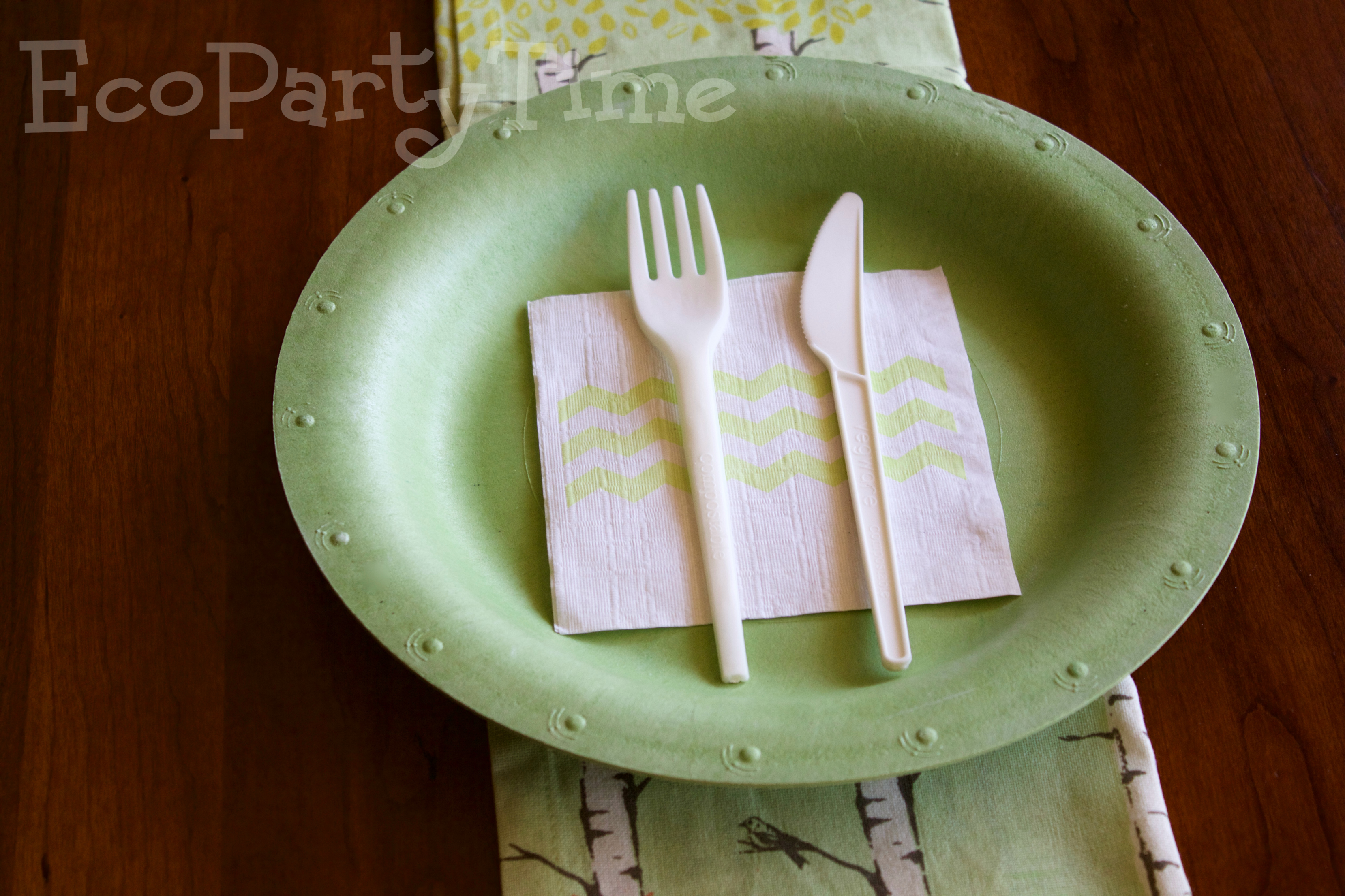 Ecopartytime: Eco-Friendly Colored Tableware