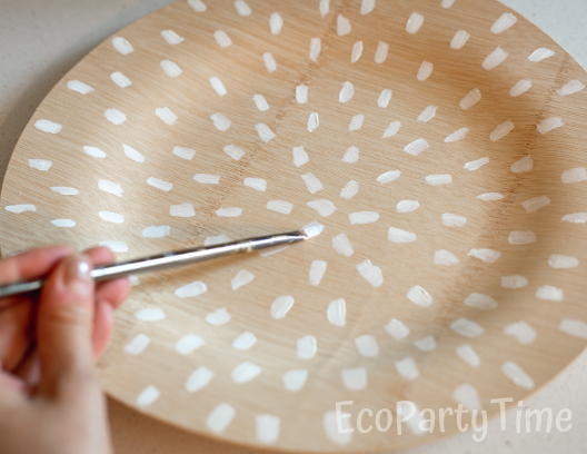 Painting Bamboo plate-Ecofriendly DIY Baby Shower