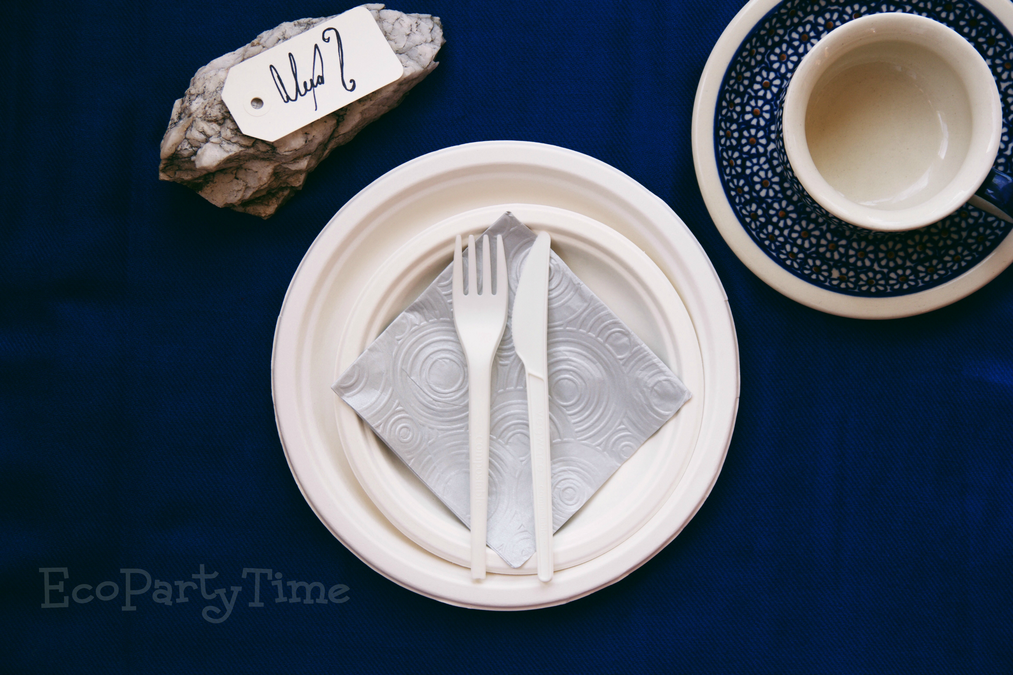 EcoPartyTime: Royal Blue Place Setting