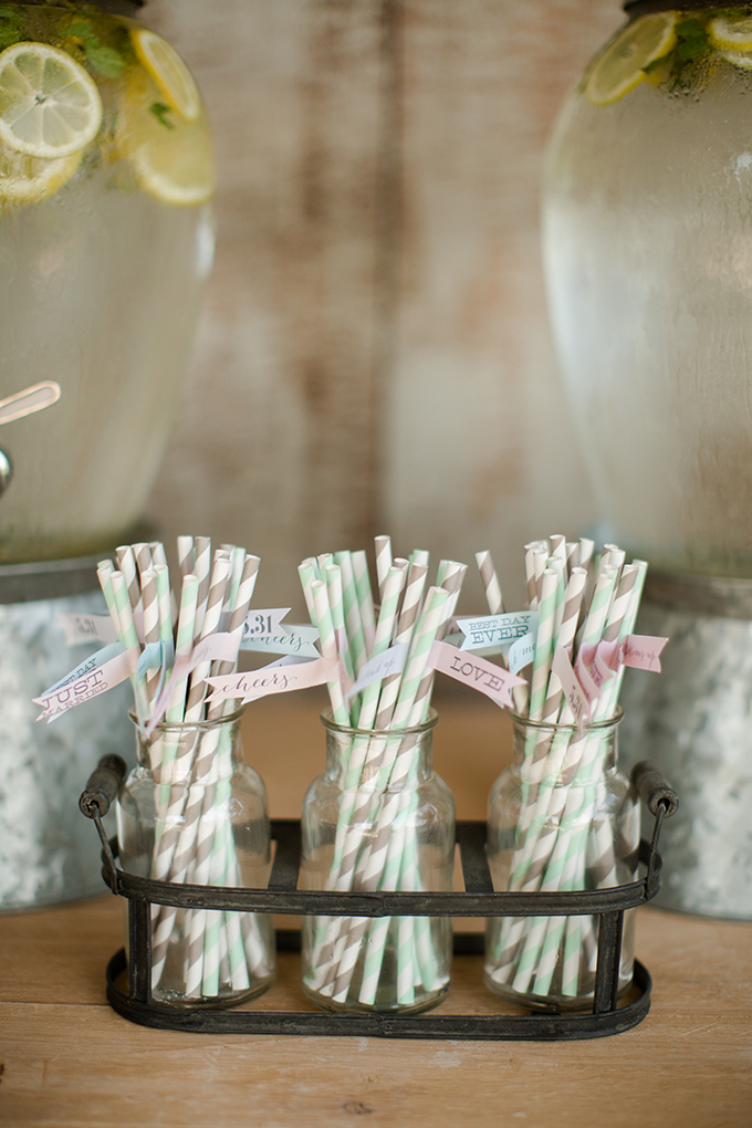 Kentucky Derby Wedding Beverage/Straw Display