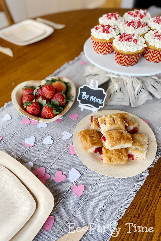 Eco-friendly Valentine Essentials for a Tea Party-Eco-friendly Paper Decorations