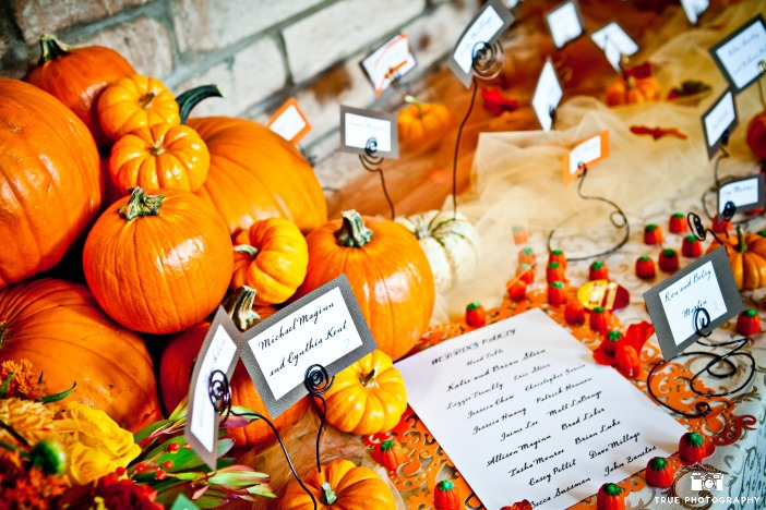 fall wedding decorations, fall wedding pumpkins, fall wedding place cards, pumpkin decorations