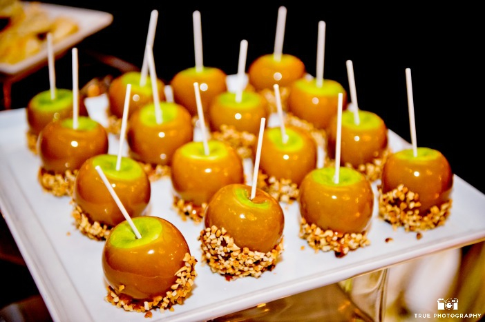 Green Halloween Must Haves from Ecopartytime - Caramel Apple Halloween Fun