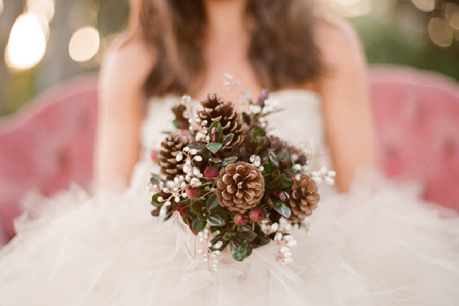Eco-friendly Winter Wedding Themes from Ecopartytime - Festive Pinecone Bouquet
